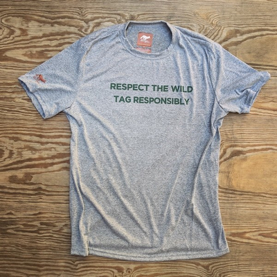 Men's Respect The Wild Tag Responsibly Signature Fitness Shirt
